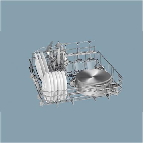 Công nghệ Hygiene Plus không chỉ giúp bát đĩa sạch tinh tươm mà còn diệt sạch vi khuẩn