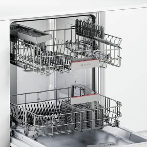 Máy rửa bát Bosch SMI46IS03E chính hãng được thiết kế với công suất 13 bộ chén dĩa châu Âu